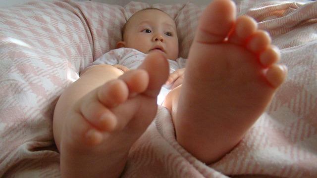baby-476887_640