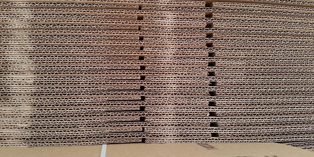 cardboard-467819_640